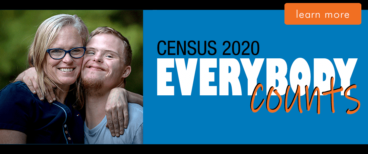 Clickable Banner Image of smiling family: Everybody Counts. Census 2020
